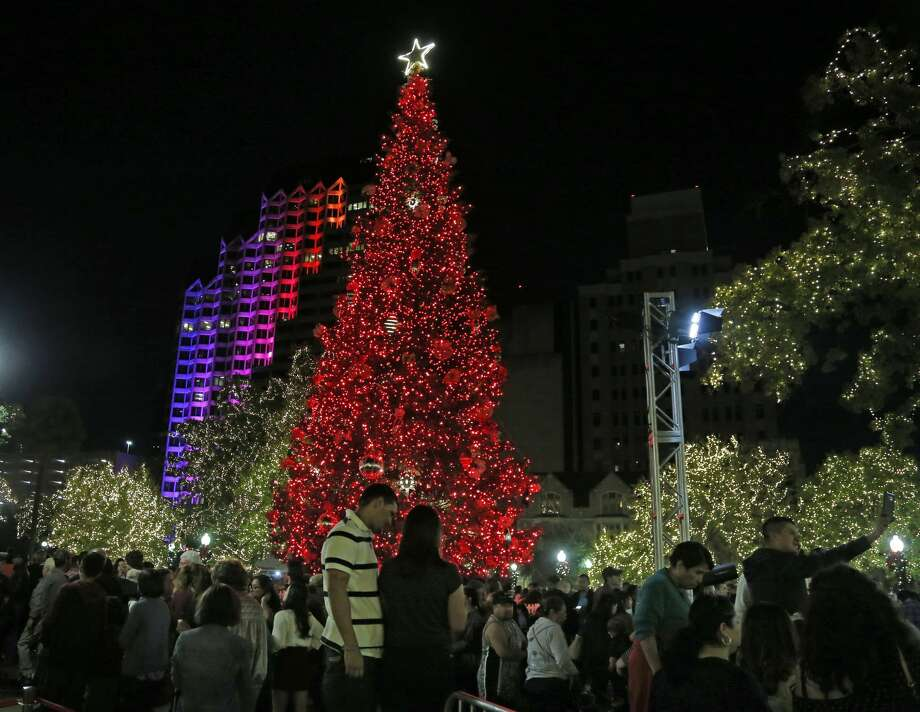 San Antonio Christmas Tree Lighting And Holiday Parade