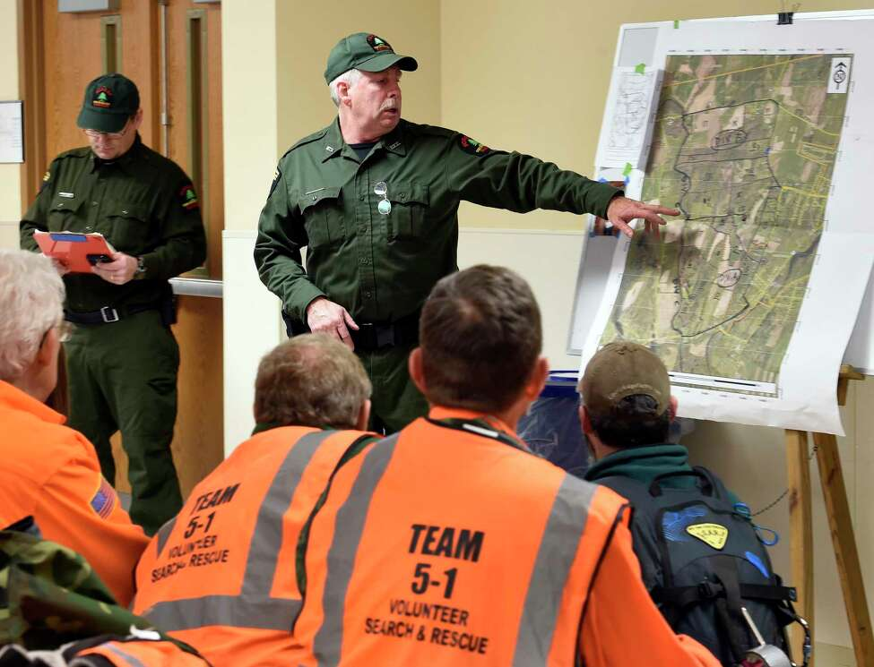 Forest Ranger Anthony Goetke outlines the search parameters for the missing Fred Drumm on Friday morning, Nov. 27, 2015, in Schuylerville, N.Y. (Skip Dickstein/Times Union archive)