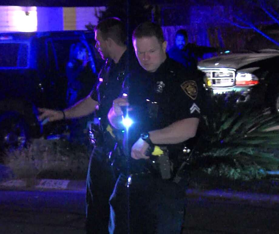 San Antonio police investigate a shooting that injured a teen boy on the Northeast Side Saturday morning, Nov. 25, 2017. Photo: 21 Pro Video