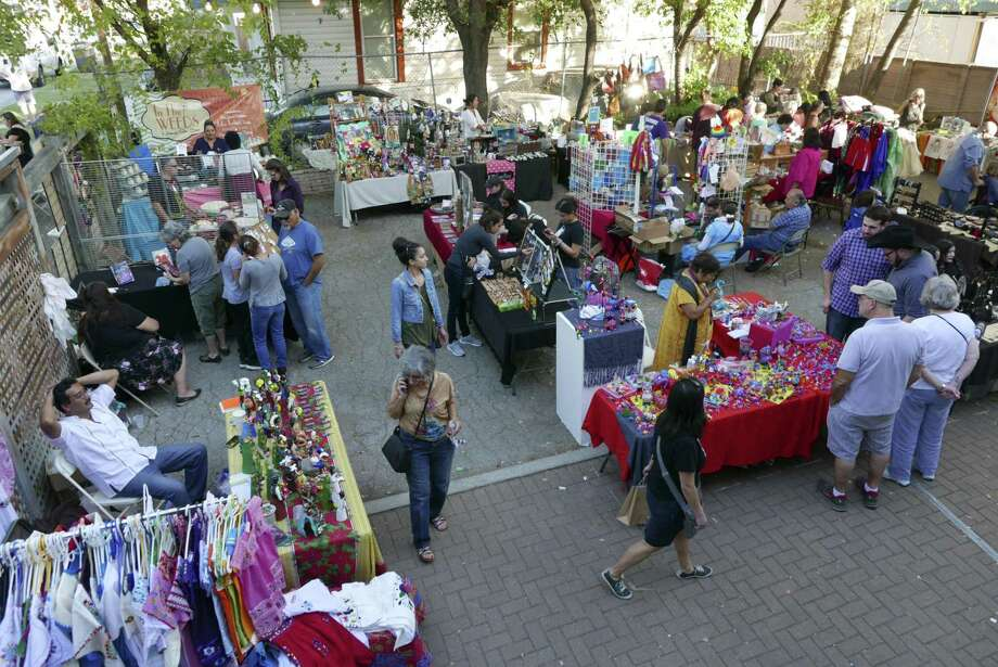 The annual International Peace Market at the Esperanza Peace & Justice Center is in its 28th year. It combines arts and social consciousness with economic sustainability. Photo: Billy Calzada /San Antonio Express-News / San Antonio Express-News
