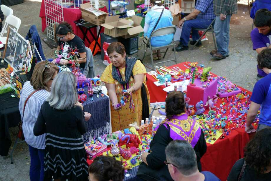 Seasonal markets are the place to find unique gifts. Photo: Billy Calzada /Staff / San Antonio Express-News