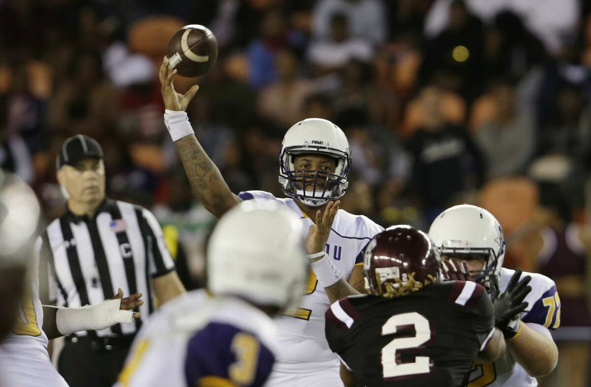 Prairie View A&M Panthers quarterback Neiko Hollins (2) throws a pass in the first half during the NCAA football game between the Prairie View A&M Panthers and the Texas Southern Tigers at BBVA Compass Stadium in Houston, TX on Saturday, November 25, 2017. The Panthers lead the Tigers 14-3 at halftime.