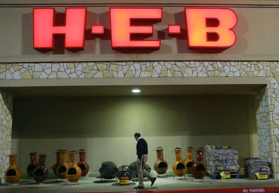 According to customer data science company Dunnhumby, H-E-B was recently named America's fourth favorite grocery store. Photo: John Davenport /San Antonio Express-News / ©John Davenport/San Antonio Express-News