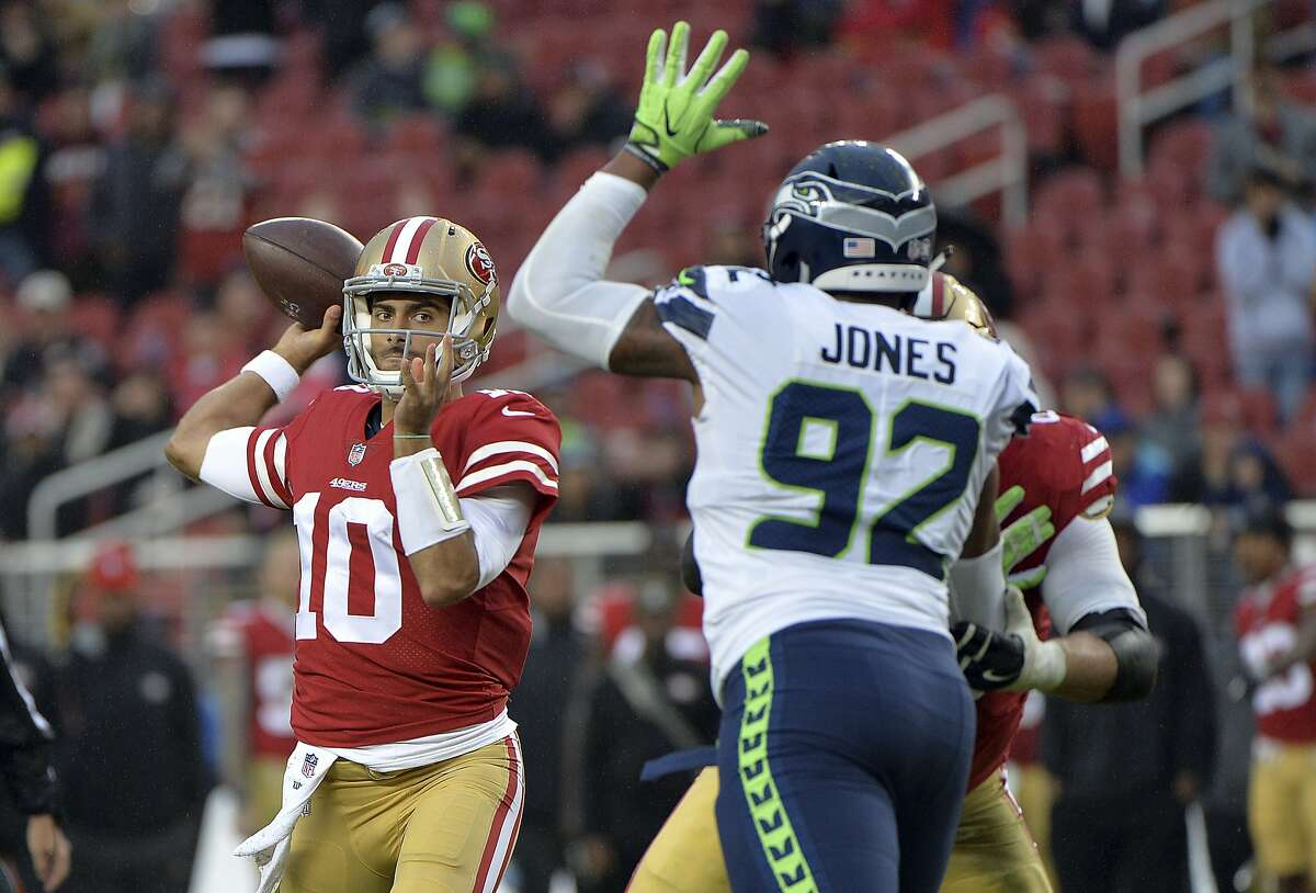 14. Jimmy Garoppolo throws his first touchdown pass as a 49er (November 26, 2017) The newly-acquired Patriot was not supposed to play in the team's Week 12 game against the Seattle Seahawks. But when rookie C.J. Beathard went down with an injury in the game's final minutes, Garoppolo took the reigns and promptly threw a touchdown pass to Louis Murphy, much to the delight of the few fans still left at Levi's Stadium. Garoppolo made his first start with the 49ers the following week vs. Chicago.