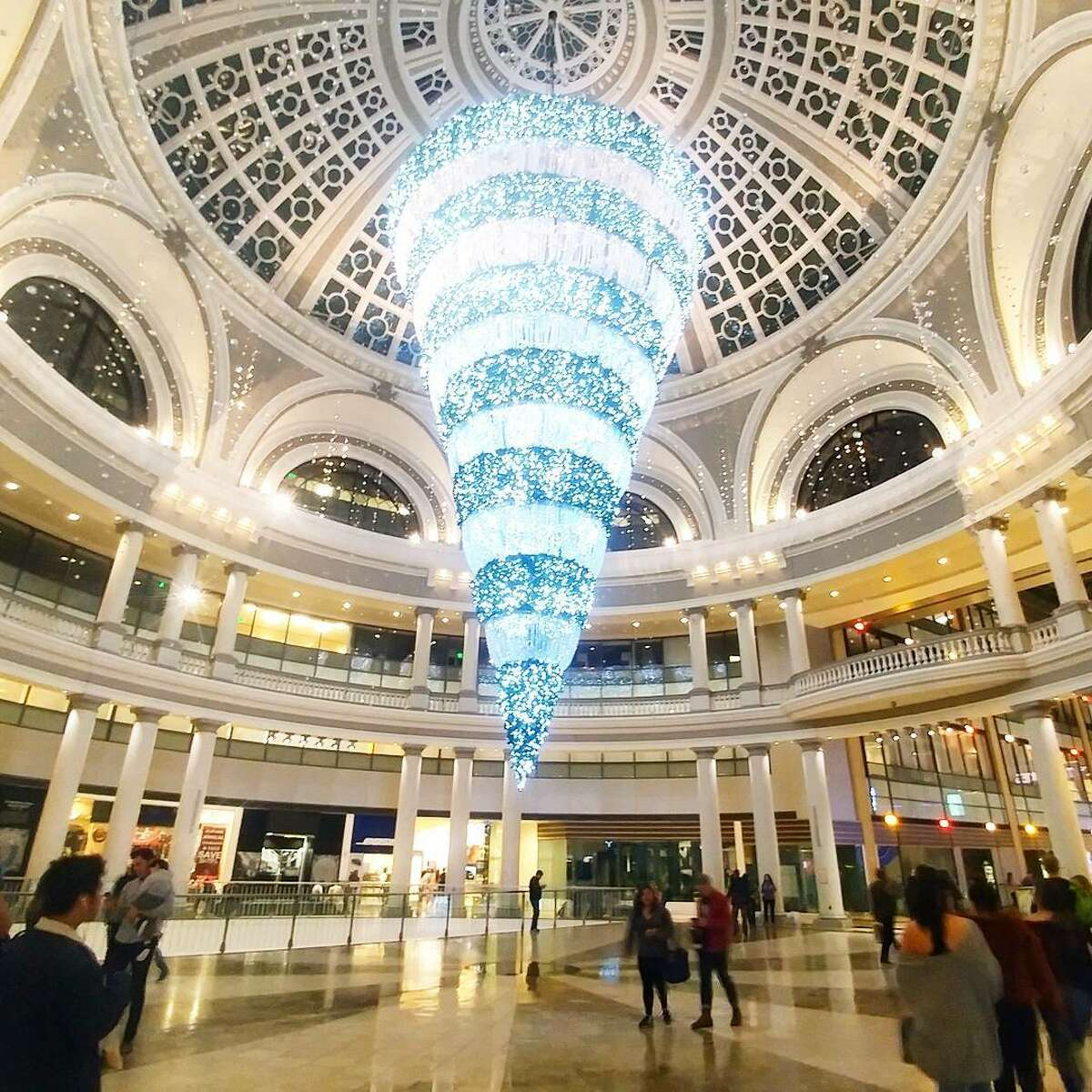 What Fox News has to say about upside-down Christmas trees like the one at S.F.'s Westfield Mall