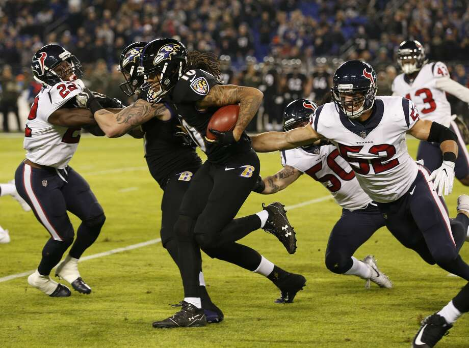 Texans special-teams players such as Brian Peters (52) will have to adjust to new kickoff rules implemented by the NFL. Photo: Brett Coomer/Houston Chronicle