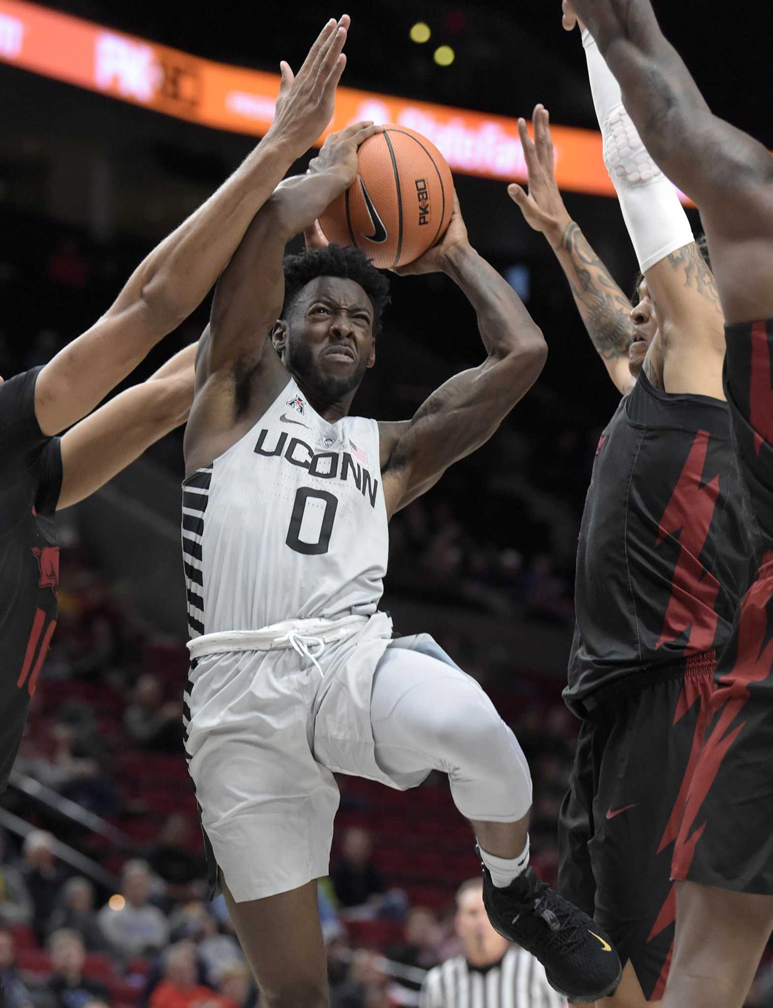 Back to the drawing board for UConn men's basketball team ...