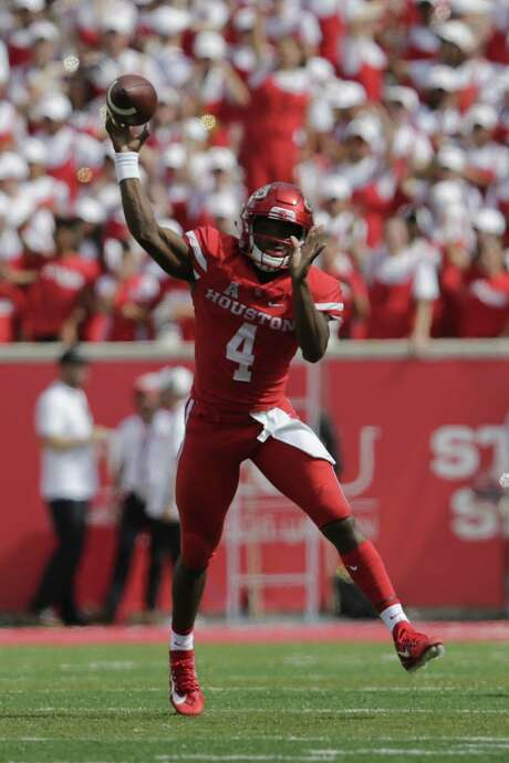 It took more than half the season for UH to unleash D'Eriq King at quarterback, and the Cougars have gone 4-1 since. Photo: Tim Warner, Stringer / 2017 Getty Images