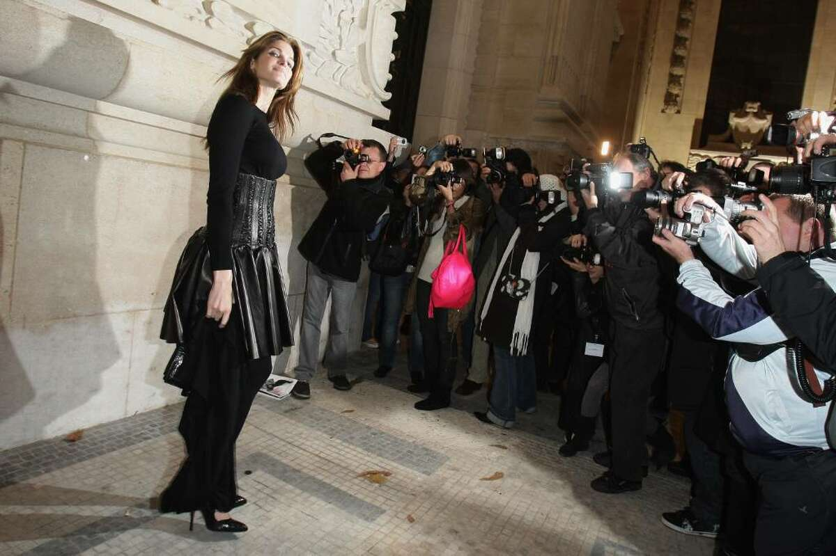 Stephanie Seymour arrives at Yves Saint Laurent show during Paris Fashion Week at Grand Palais on October 2, 2008 in Paris.