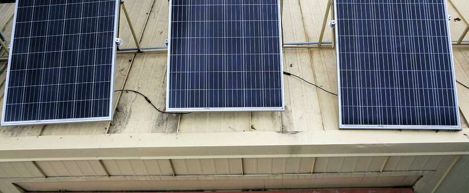 Rooftop Solar Grows In Houston Houston Chronicle