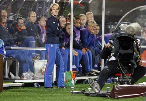 Dash coach Vera Pauw brings unique training method to NWSL