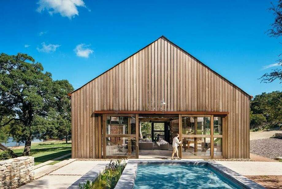Honor Award: Paa Haa RanchLake | Flato ArchitectsLocated near the city of Canyon Lake in the Texas Hill Country, PaaHaa Ranch is perched on the tranquil shores of a small lake. Both new and existing structures reflect the historic nature of the late-1800s homestead. Photo: Courtesy AIA