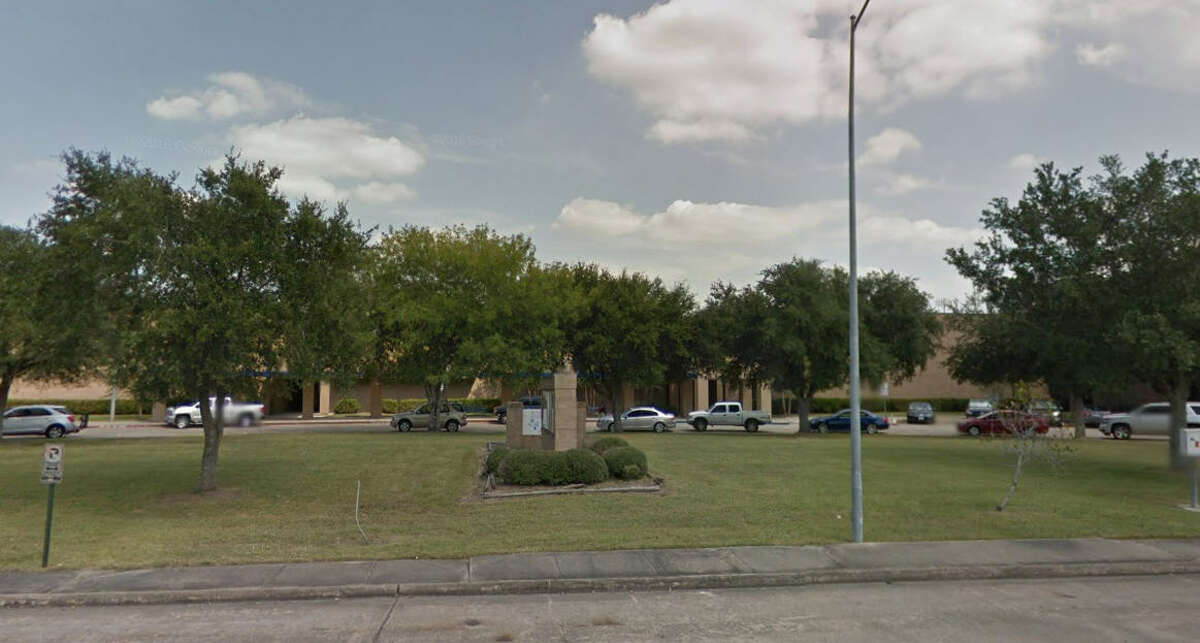 25. Willowridge High School, Fort Bend ISD Percent of students suspended out of school: 14 percent