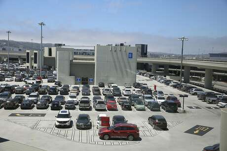 Parking decks at SFO fill up fast during the holidays Photo: Liz Hafalia, The Chronicle