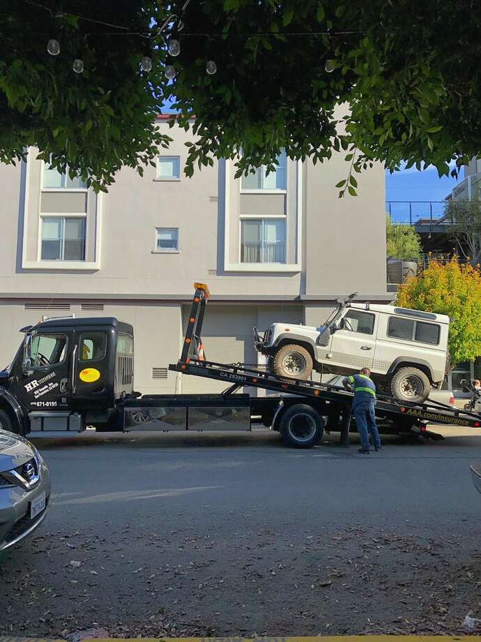A couple of local Redditors helped Sebastiaan de With track down his rare Land Rover that had been stolen. Photo: Sebastiaan De With