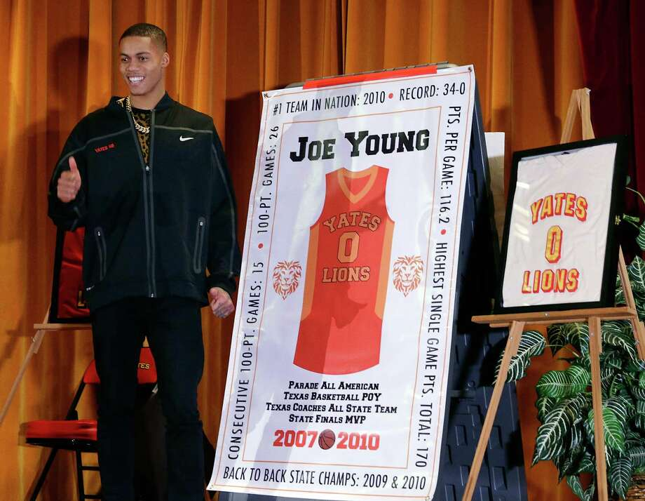 Yates High School takes advantage of Joe Young being in town with the Indiana Pacers to honor one of the stars of its 2009 and 2010 state championship teams Wednesday. Photo: Michael Wyke, Freelance / © 2017 Houston Chronicle
