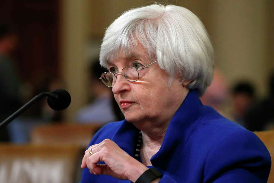 Democrats and Republicans applauded Federal Reserve Chair Janet Yellen on Wednesday for her service. Photo: Jacquelyn Martin, STF / Copyright 2017 The Associated Press. All rights reserved.
