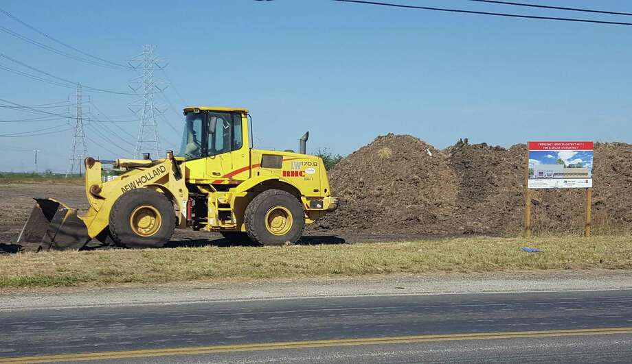 Emergency Services District No. 11 broke ground Thursday on a fire-and-rescue facility along Binz-Engleman Road just outside the Escondido North subdivision, about three-quarters of a mile from FM 1516. Photo: Jeff B. Flinn / San Antonio Express-News