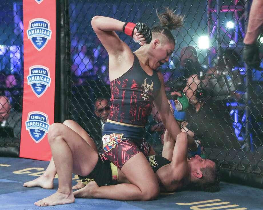 Kyra Batara in action against Vanessa Rico. Batara will fight Paulina Granados in atomweight action Friday at Freeman Coliseum. Photo: Scott Hirano /Courtesy Photo / Scott Hirano