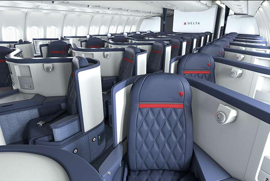 Delta One cabin on an international Delta A330. (Image: Delta)