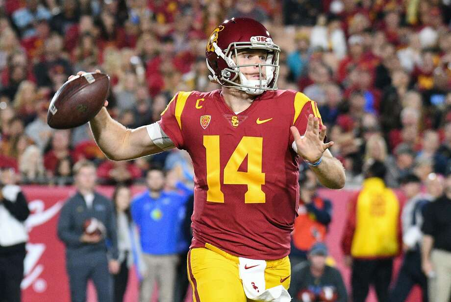 USC's Sam Darnold throws a pass during a college football game between the UCLA Bruins and the USC Trojans on November 18, 2017, at Los Angeles Memorial Coliseum. Photo: Icon Sportswire, Icon Sportswire Via Getty Images