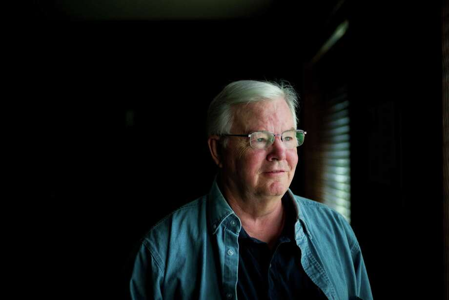 """FILE é' Rep. Joe Barton (R-Texas), in Ennis, Texas, May 27, 2014. Just weeks after announcing that he would seek an 18th term in Congress, Barton apologized after a photo showing him naked with his private parts obscured was circulated online. é'I am sorry that I let my constituents down,é"""" he said in a statement on Nov. 22, 2017. (Todd Heisler/The New York Times) Photo: TODD HEISLER, STF / NYTNS"""