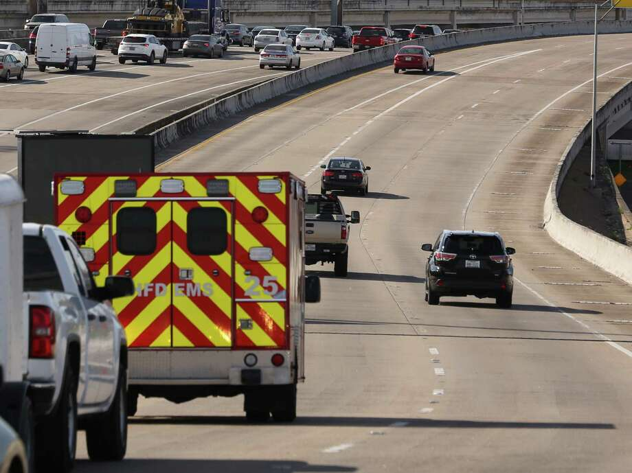 Work on the I-45 and I-69 interchange is part of a project to use Spur 5, above. The spur will be how northbound drivers on I-45 transition to I-69. It is also the connector to the central business district. Photo: Yi-Chin Lee / Houston Chronicle, 45Spur0303 / Houston Chronicle 2017