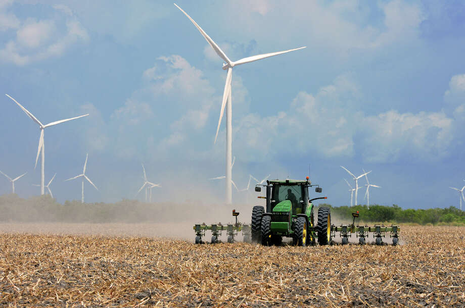 A farmer plows his harvested field in 2015 in the agricultural area north of Rio Hondo, Texas. (Jason Hoekema/Valley Morning Star via AP) Photo: Jason Hoekema, MBR / Valley Morning Star