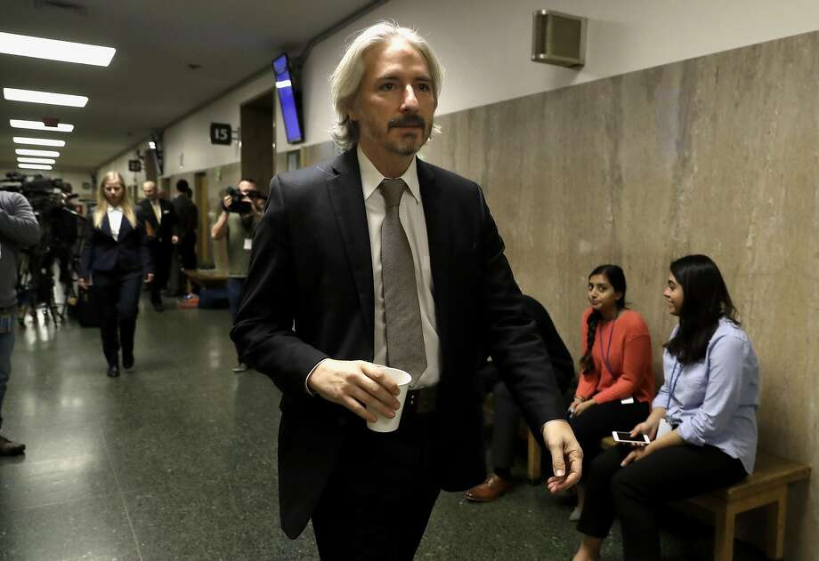 Defense attorney Matt Gonzalez leaves the courtroom as  jury deliberations continue on Monday Nov. 27, 2017, in San Francisco, Calif., in the trial of Jose Ines Garcia Zarate, who is charged with fatally shooting Kate Steinle on San Francisco's Pier 14 more than two years ago. Photo: Michael Macor, The Chronicle
