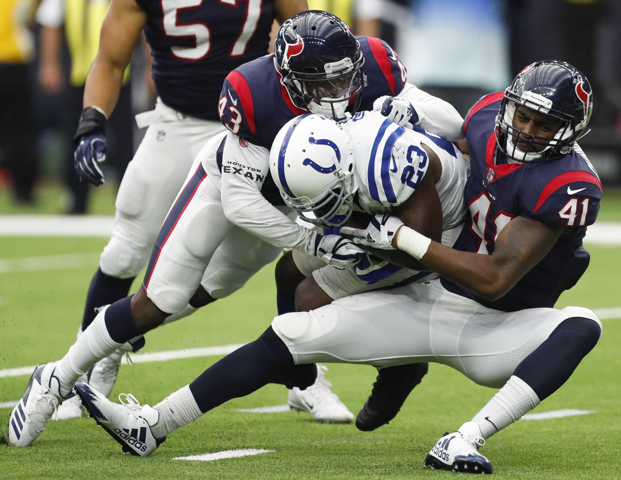 Texans Zach Cunningham Hitting The Right Chords With First String