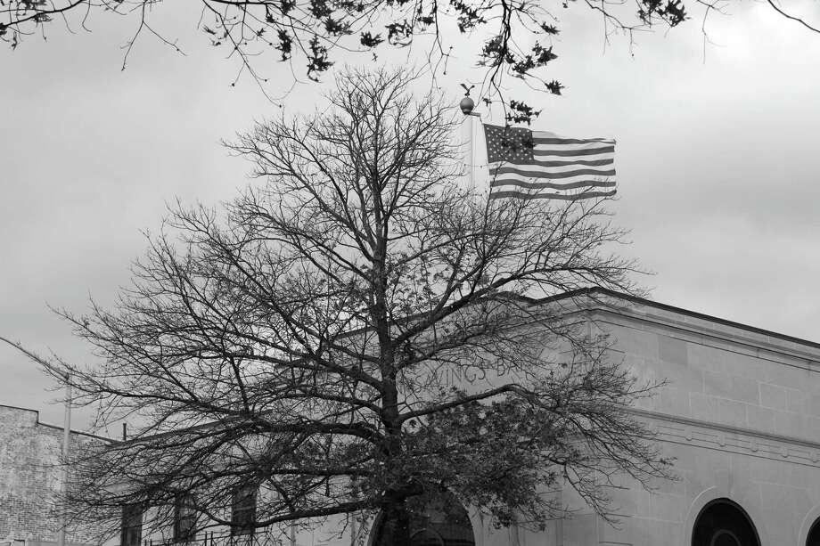 American flag atop 122 Main St. in New Canaan on Nov. 19 2017. Photo: Humberto J. Rocha / Hearst Connecticut Media