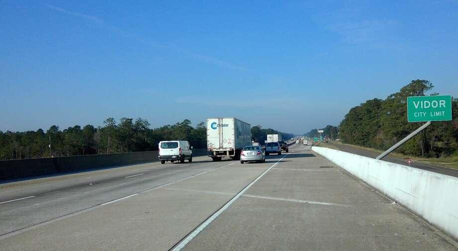 Photo of third Interstate 10 westbound lane in Orange County.  Photo: Texas Department of Transportation