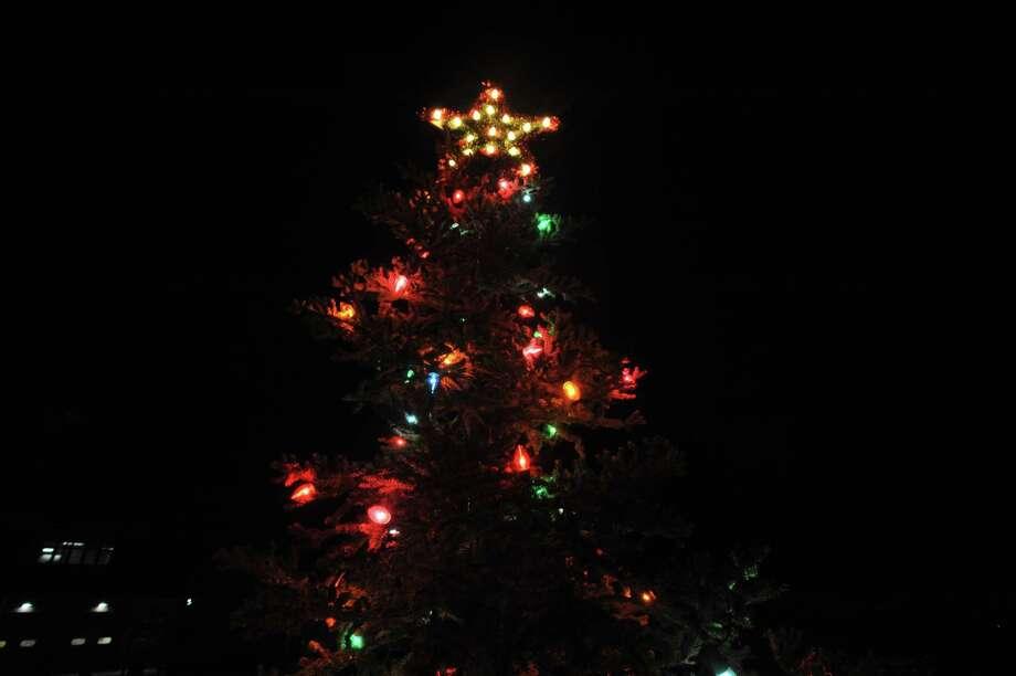 The annual North End tree lighting was held Thursday evening in Torrington. Photo: Ben Lambert / Hearst Connecticut Media