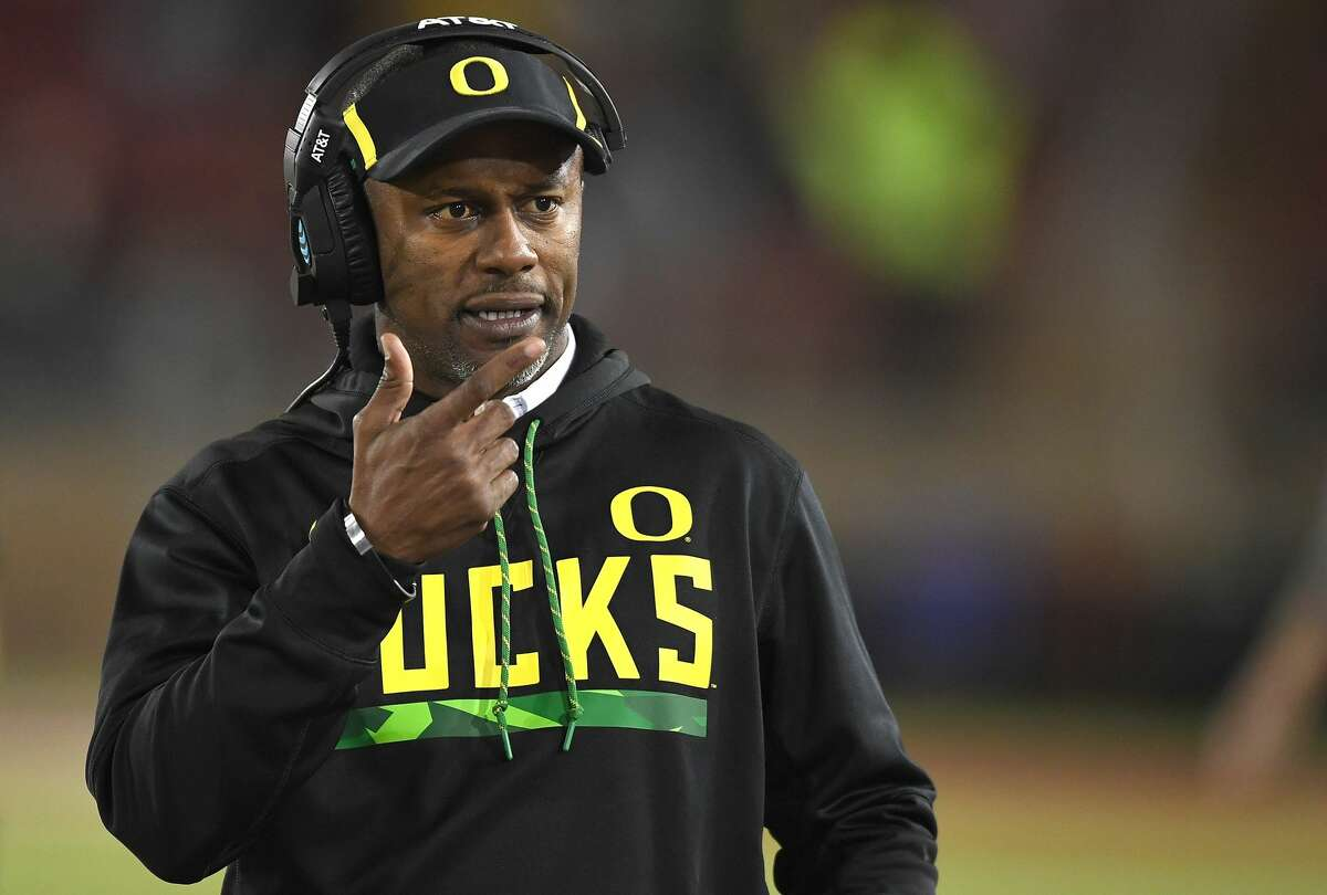 Willie Taggart, Oregon Taggart went 7-5 in his first season at Oregon, but his ties to Florida have him thought of as Florida State's No. 1 choice to replace Jimbo Fisher. Taggart helped turn around South Florida before taking the Oregon job last year.