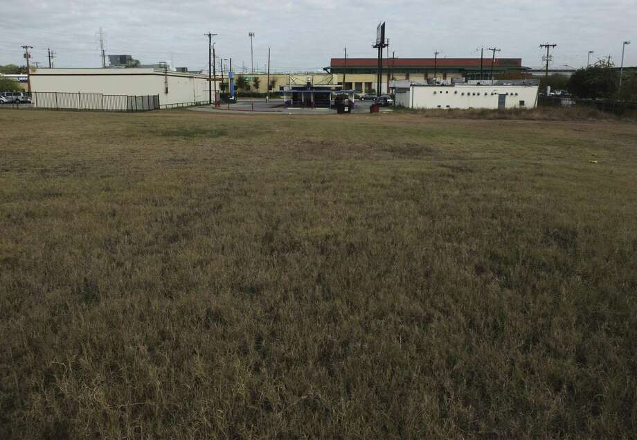 State Rep. Barbara Gervin-Hawkins has been trying for almost 20 years to develop vacant land on the East Side owned by the city and the nonprofit she used to lead, the George Gervin Youth Center. Photo: Kin Man Hui /San Antonio Express-News / ©2017 San Antonio Express-News