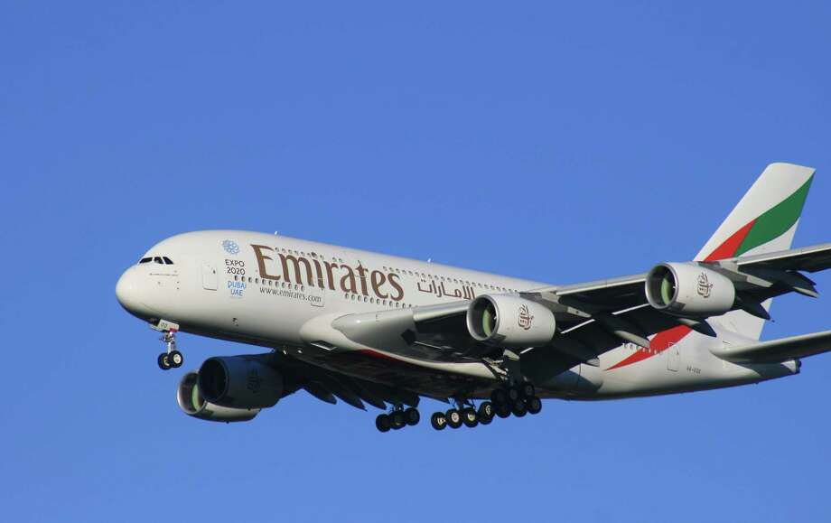 An Emirates Airline Airbus A380 approaches Bush Intercontinental Airport in January 2016. Emirates has since downsized to a Boeing 777-300ER on its Houston-Dubai route. Photo: Bill Montgomery