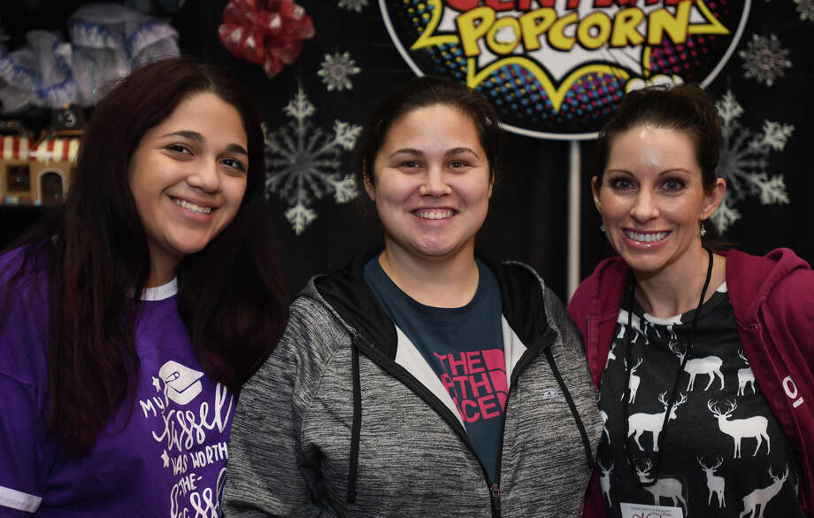 From left, Elizabeth Cortez, Ashley Phillips and Carly Harvey are 'Seen' at the 2017 Main Street Market event at the Beaumont Civic Center on Friday. Photo taken Friday, December 01, 2017 Guiseppe Barranco/The Enterprise Photo: Guiseppe Barranco, Photo Editor / Guiseppe Barranco ©