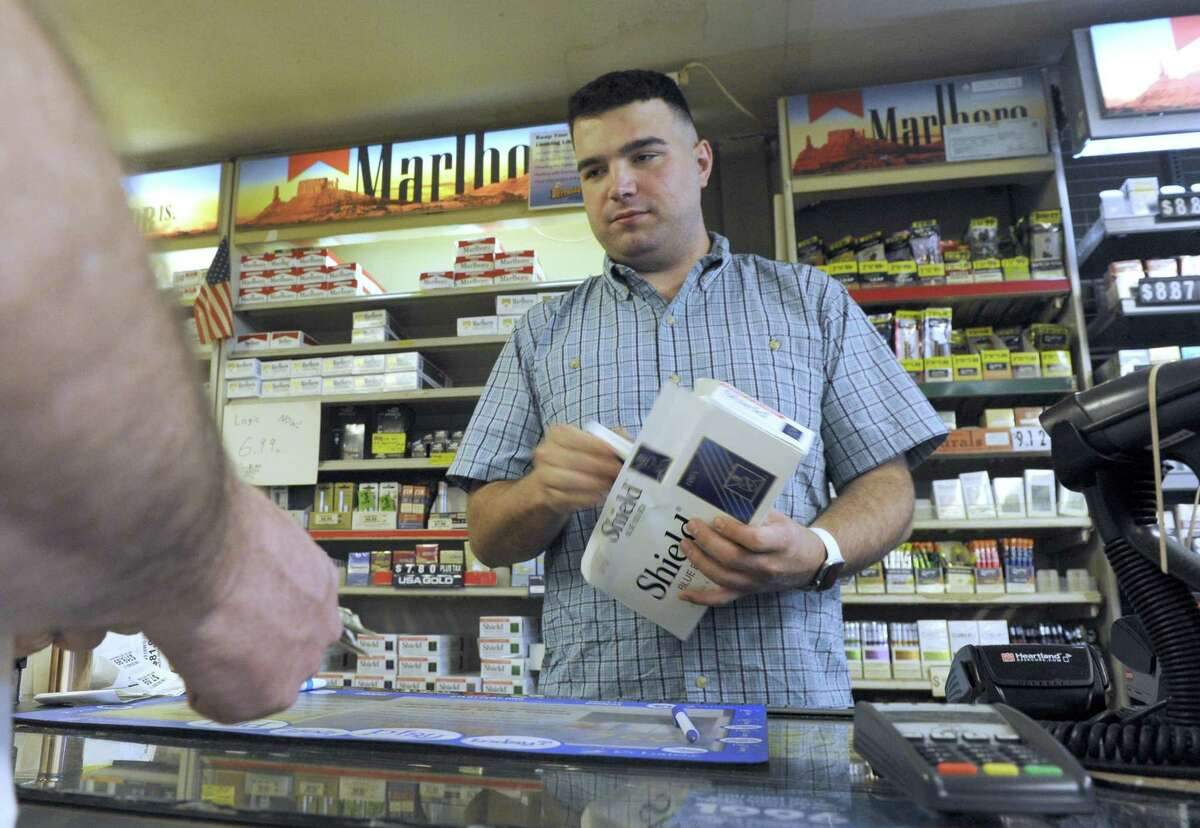 Buy cigarettes and tobacco products - 18 years old