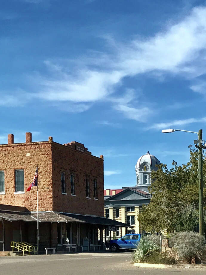 Downtown Fort Davis still resembles its frontier past / Houston Chronicle