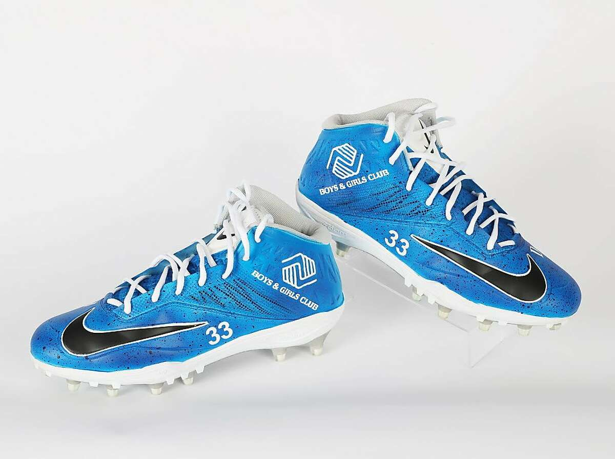 """Raiders running back DeAndre Washington will wear customized cleats representing the Boys & Girls Club as part of the NFL's """"My Cause, My Cleats"""" campaign against the New York Giants on Sunday, Dec. 4, 2017."""