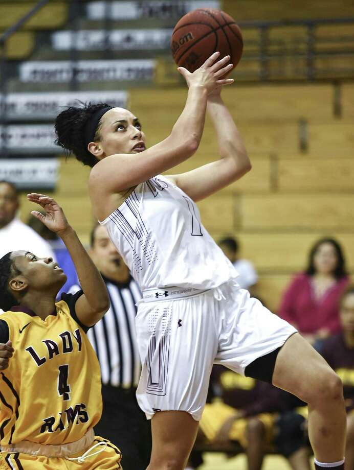 Senior forward Tantashea Giger, a preseason All-Heartland Conference team honoree, leads TAMIU women's basketball into the 2018-19 as she is first in the conference in rebounds and second in points and steals among returning players. Photo: Danny Zaragoza /Laredo Morning Times File