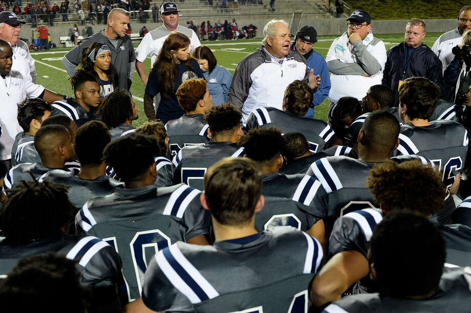 West Orange-Stark head coach Cornel Thompson talks to the team after they beat Madisonville in the regional semifinal at Texan Drive Stadium in Porter on Friday night.  Photo taken Friday 12/1/17 Ryan Pelham/The Enterprise Photo: Ryan Pelham / ©2017 The Beaumont Enterprise/Ryan Pelham