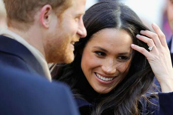 NOTTINGHAM, ENGLAND - DECEMBER 01:  Prince Harry and Meghan Markle visit Nottingham Contemporary on December 1, 2017 in Nottingham, England.  Prince Harry and Meghan Markle announced their engagement on Monday 27th November 2017 and will marry at St George's Chapel, Windsor in May 2018.  (Photo by Christopher Furlong/Getty Images)