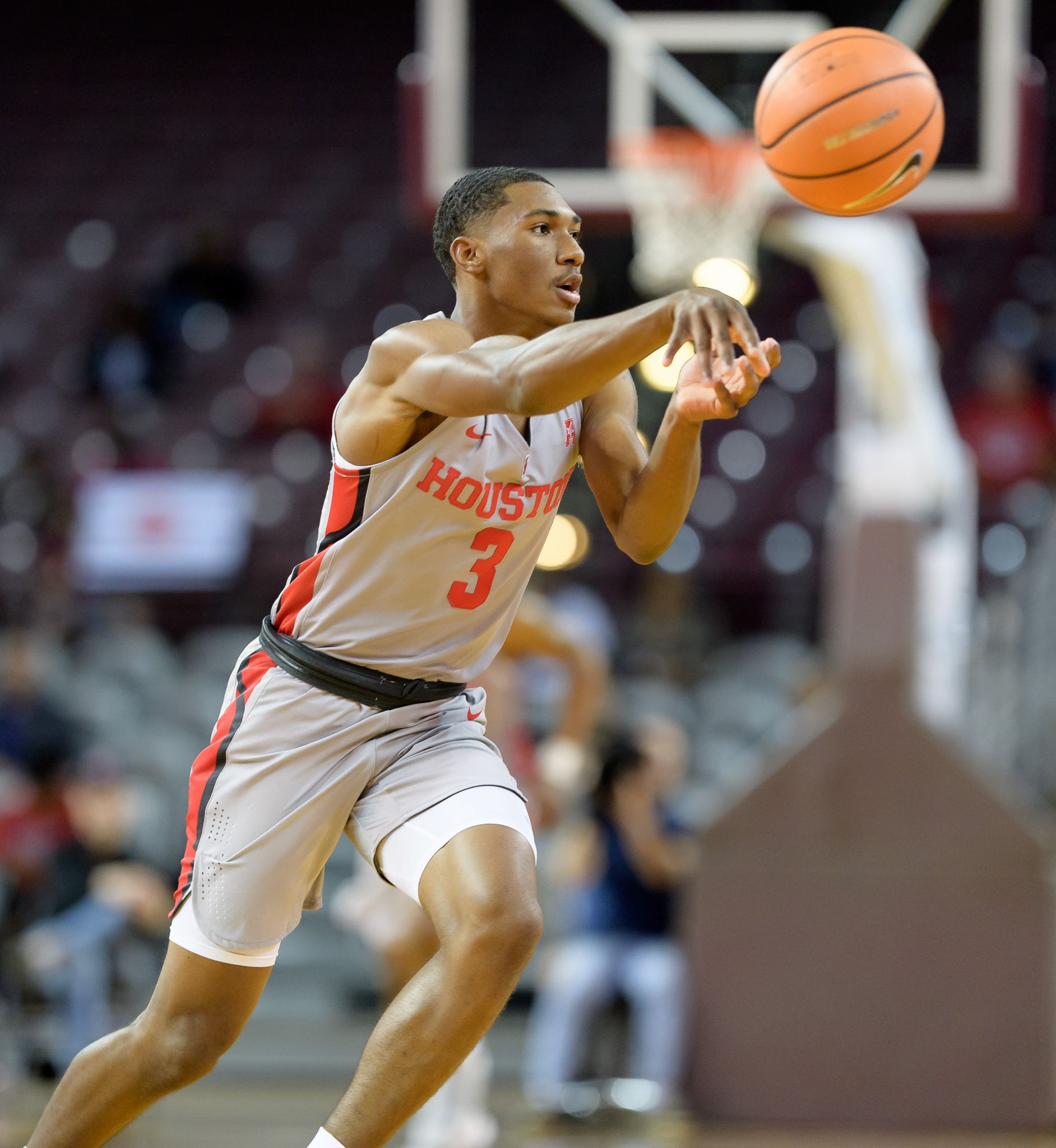 Armoni Brooks sparks Houston in win over Prairie View A&M