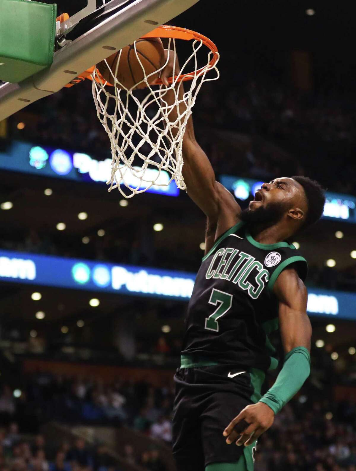 BOSTON, MA - DECEMBER 2: Jaylen Brown #7 of the Boston Celtics dunks during the first half against the Phoenix Suns at TD Garden on December 2, 2017 in Boston, Massachusetts. (Photo by Maddie Meyer/Getty Images) ORG XMIT: 775026977