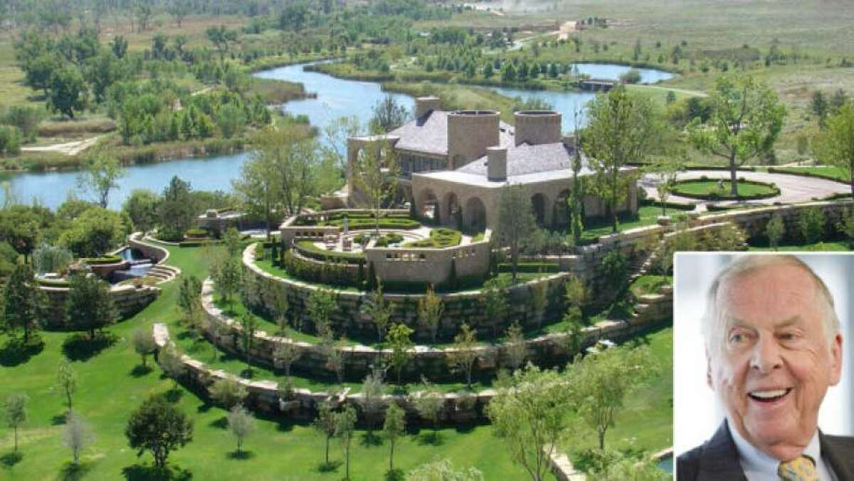 T. Boone Pickens' $250 million dollar ranch says a lot about how the legendary investor lives, and what he thinks is valuable. >>Take a look...