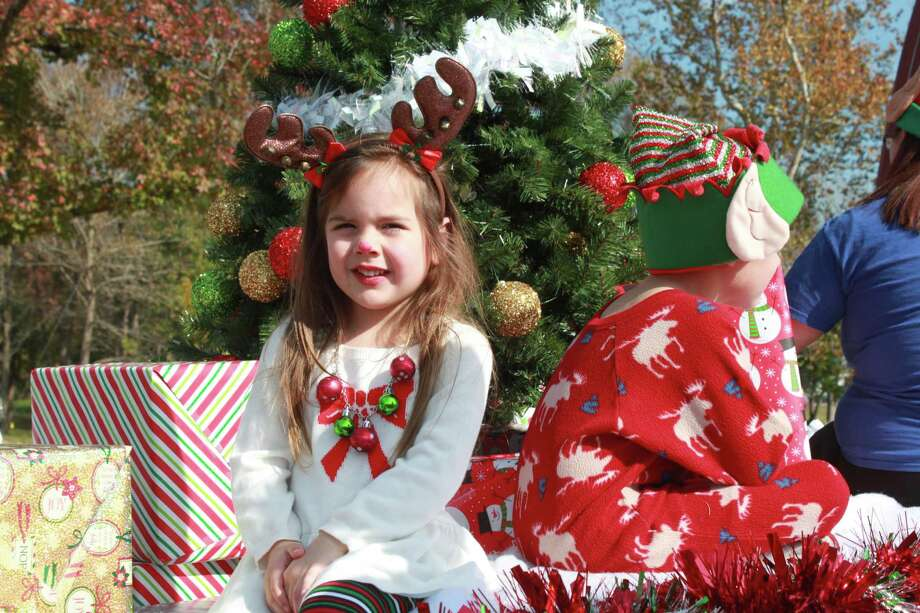 There were more than 1,200 participants in the annual Willis Christmas parade Saturday morning. Photo: Meagan Ellsworth