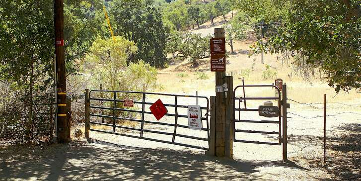 Though many park at the Nejedly Staging Area, this trailhead gate on Carquinez Scenic Drive provides better access to Franklin Ridge at Carquinez Strait Regional Shoreline