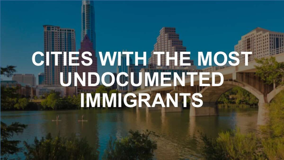 Click on to see the 20 US cities with the most undocumented immigrants.