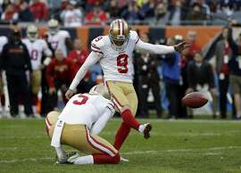 San Francisco 49ers kicker Robbie Gould (9) kicks a game winning field goal during the second half of an NFL football game against the Chicago Bears, Sunday, Dec. 3, 2017, in Chicago. The 49ers won 15-14. (AP Photo/Nam Y. Huh)